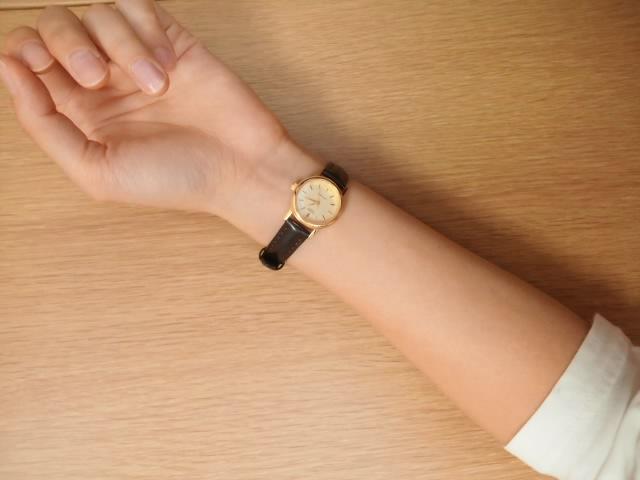 Красивые часы женские casio ltp1095