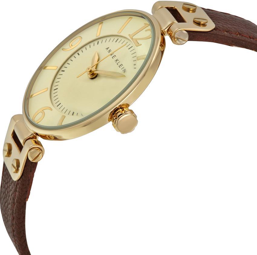Кольцо из золота с бриллиантам подвеска с камнями из белого з серебряные часы ника ego  изделия этой коллекции выглядят дорого и стильно.